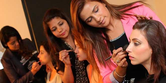 La importancia del maquillaje en peluquería