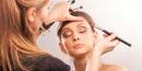 ¿Cómo elegir la base de maquillaje perfecta?