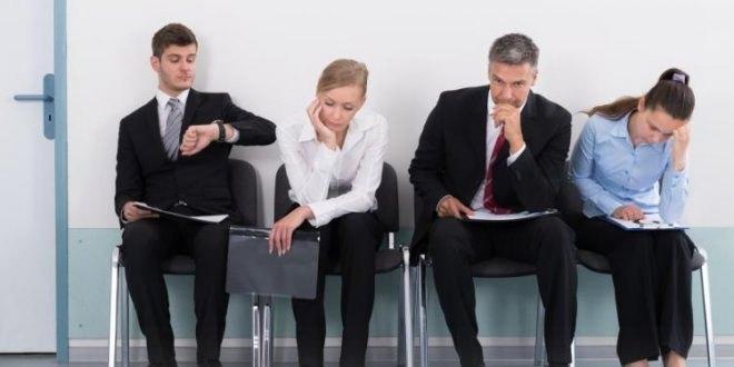 Conoce la importancia de los gestos para conseguir empleo