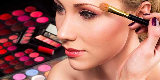 ¿Cómo lograr un maquillaje profesional?