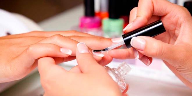 Herramientas básicas de manicura profesional