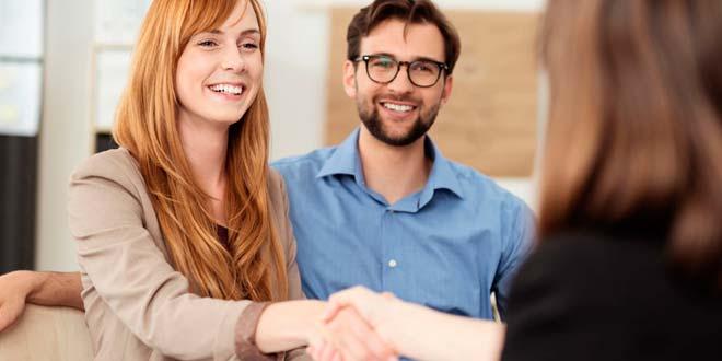 ¿Cómo debe actuar un buen vendedor ante quejas y reclamos?