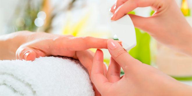 La manicura profesional y todos sus beneficios