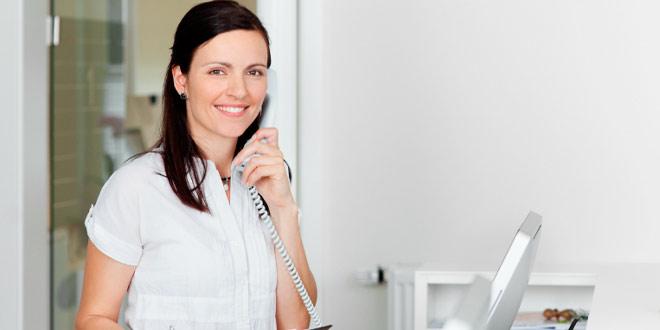 La atención telefónica en un consultorio odontológico
