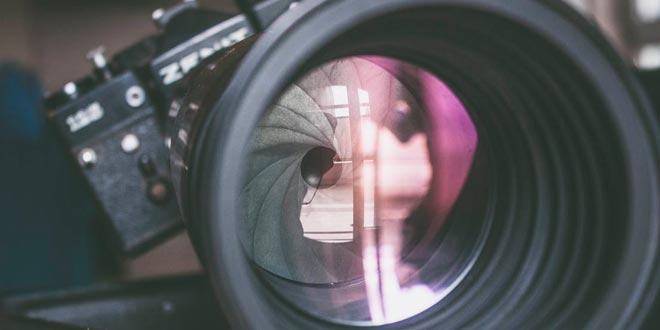¿Cómo funciona una cámara de fotos?